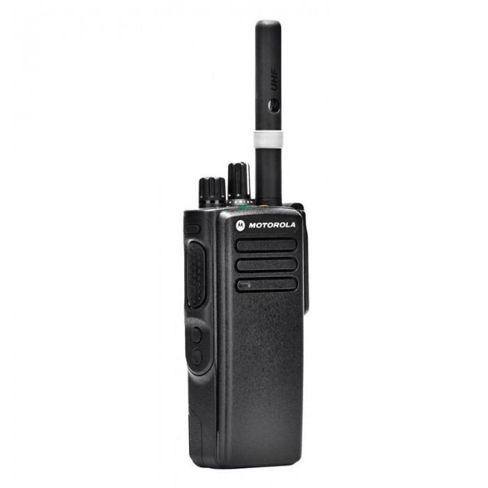 Рация Motorola DP4400e - общий вид