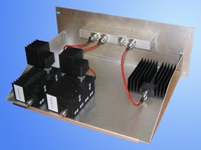 Комбайнер гибридный Radial СH-4V-50D-R/2