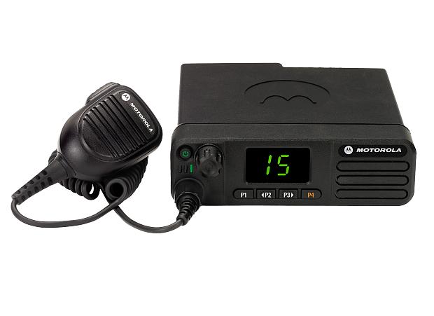 Рация Motorola DM4401е